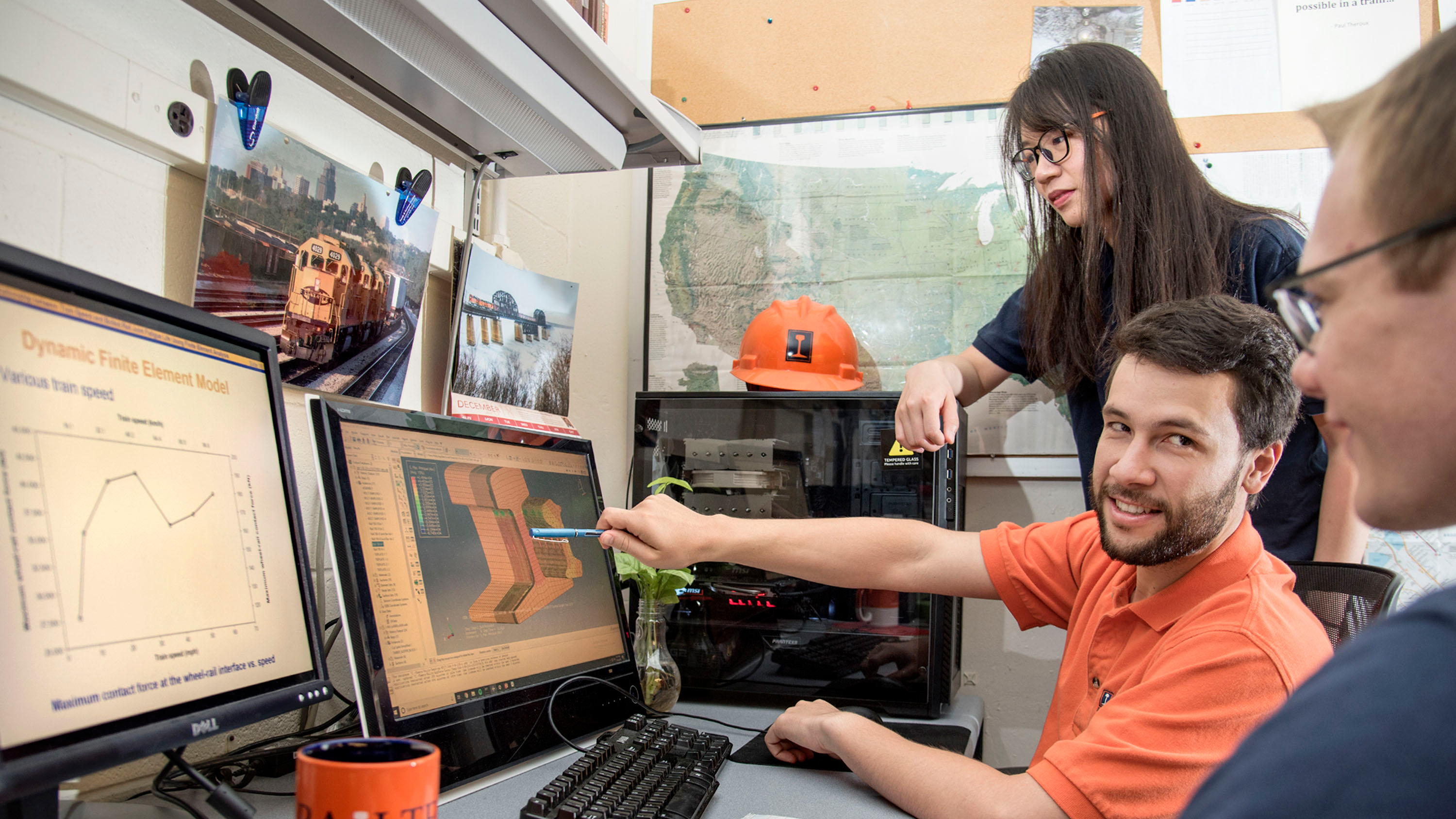Railway Engineering Students discuss modeling and simulation software